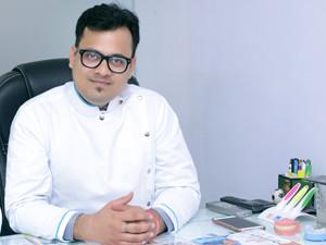 dr-akarshak